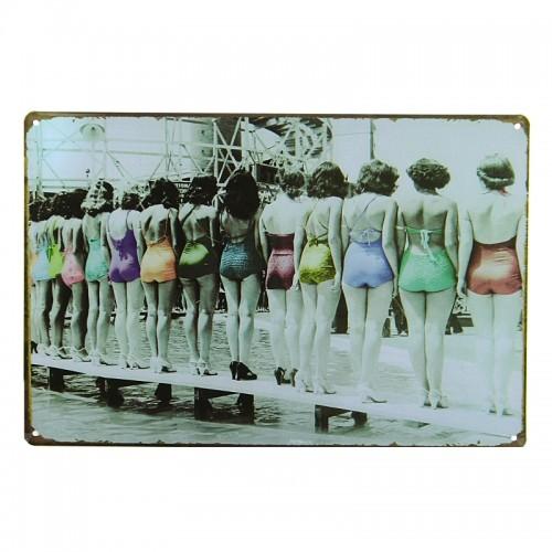 Μεταλλική Διακοσμητική Πινακίδα Τοίχου Women in Swimsuits 20X30 (Design)