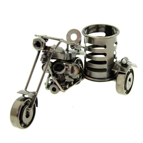 Μεταλλική Μολυβοθήκη σε Σχήμα Μηχανή 1